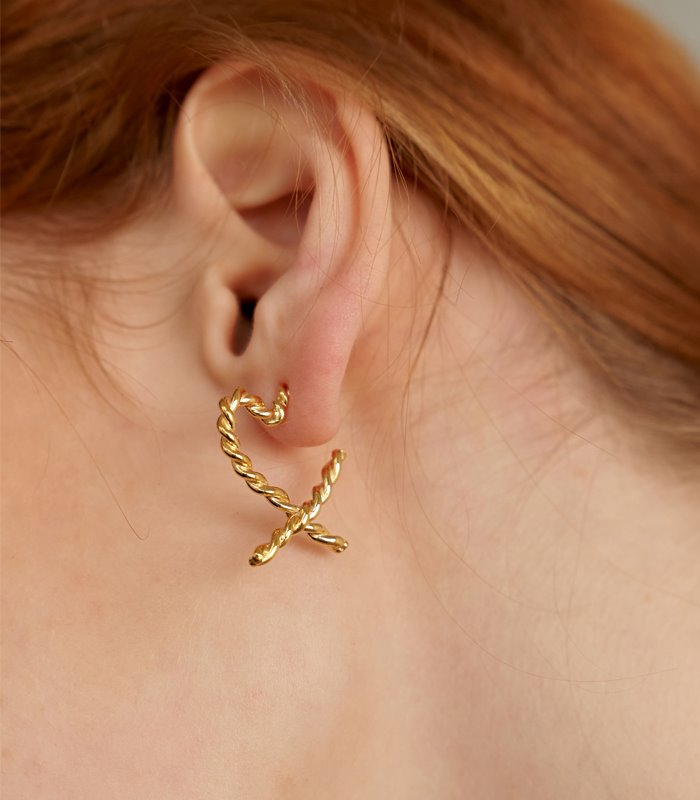 Pretzel Heart Earring (2color)
